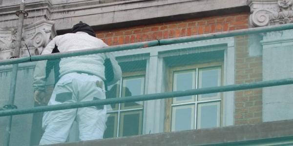restauratie buitenschrijnwerk districtshuis Wilrijk