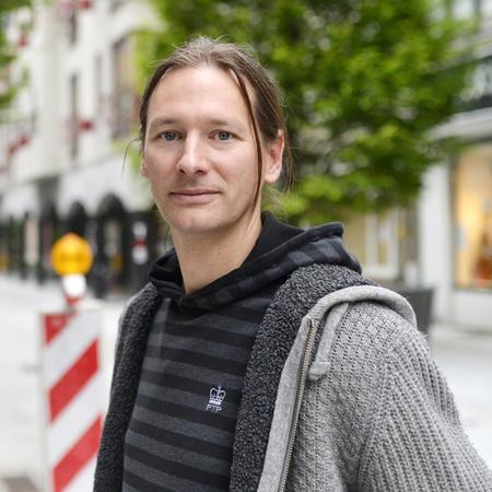 Gert, projectleider infrastructuurwerken, werkt al 12 jaar lang voor de stad.