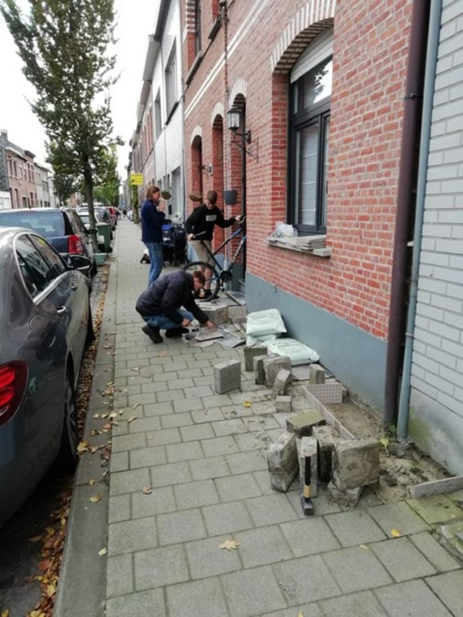 Buurtbewoners maken geveltuintjes