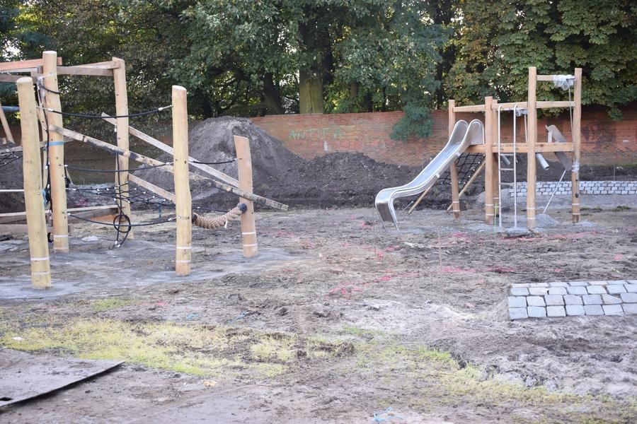 Oktober 2019 - speeltoestel opbouw
