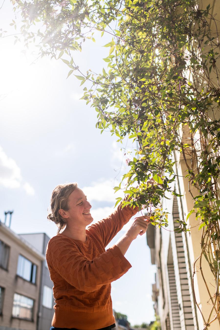 Borgerhoutenaar Greetje verzorgt haar groenslinger
