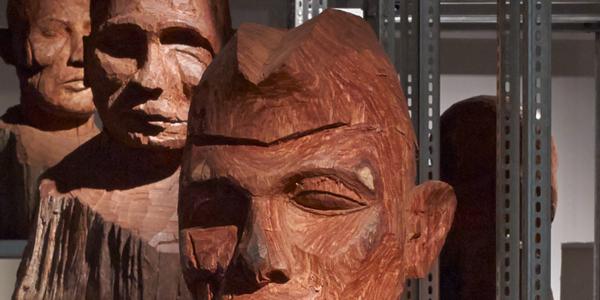 Houten bustes