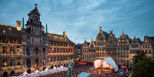 Grote markt tijdens het Bollekesfeest