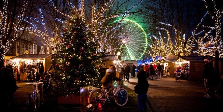 Deel kerstmarkt aan het Steenplein