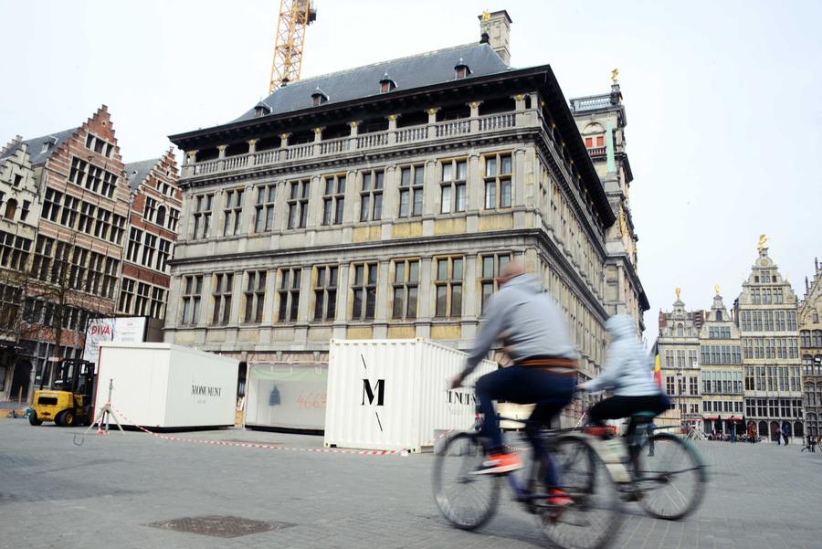 Start restauratiewerken aan het stadhuis