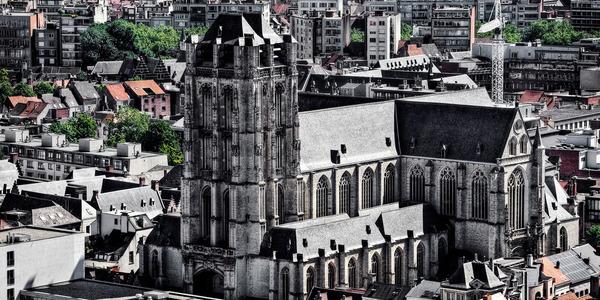 luchtfoto Sint-Jacobskerk