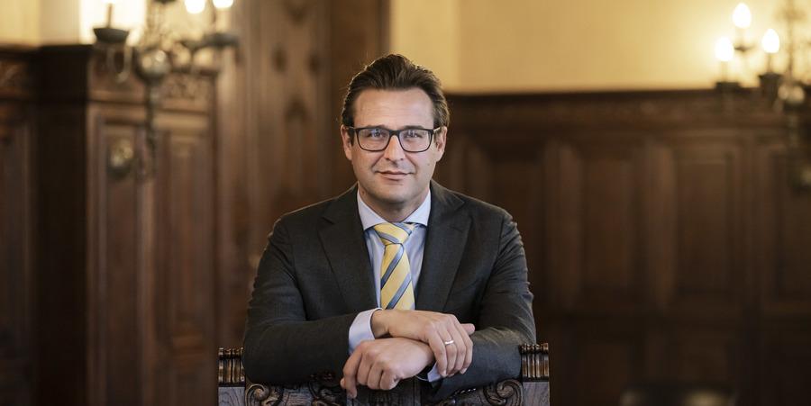 Portret van Wilrijks districtsburgemeester Kristof Bossuyt