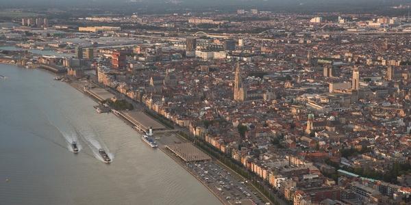 Luchtbeeld van het centrum van Antwerpen