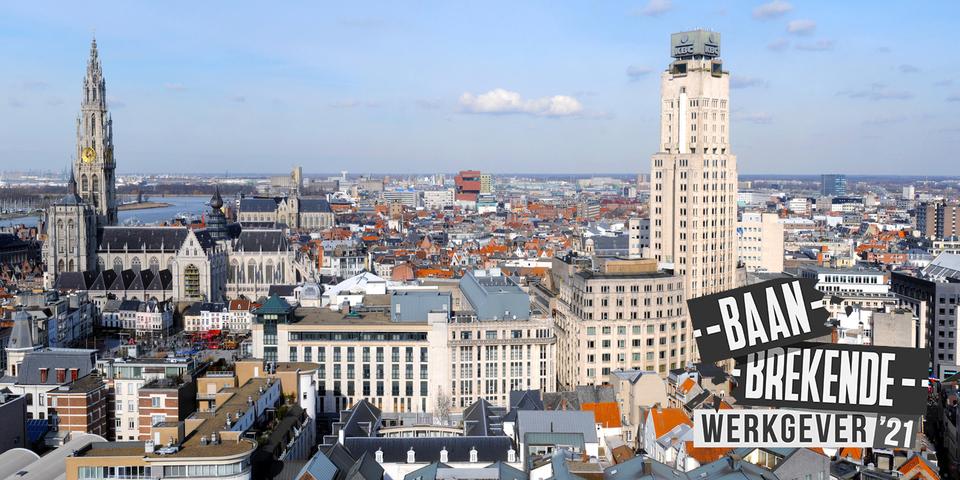 Skyline Antwerpen met logo Baanbrekende werkgever '21