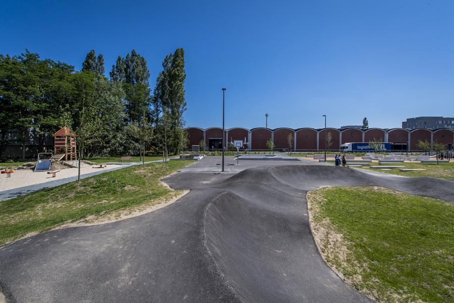 Overzichtsbeeld van het Regatta urban sports park.