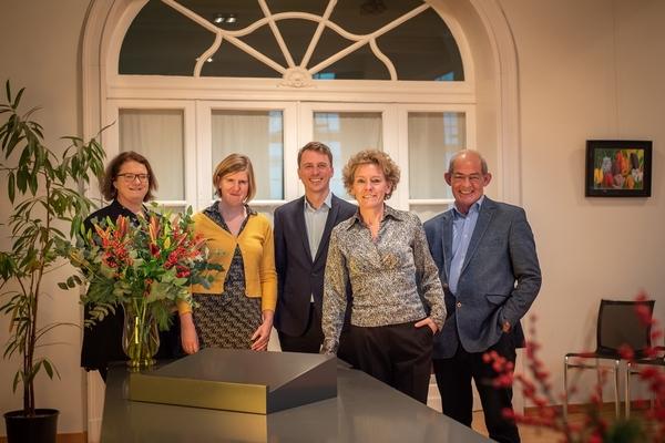 Districtscollege van Hoboken met Kathelijne Toen, Carine Leys, Paul De Ranter, Tom De Boeck en Carolyn Krekels