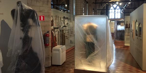 Ingepakte objecten in Museum Vleeshuis