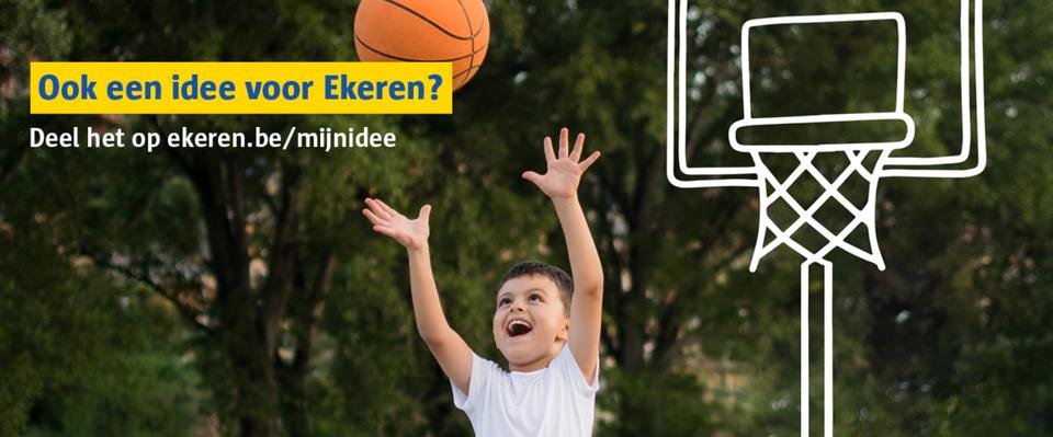 Een jongetje droomt van een lagere basketring.