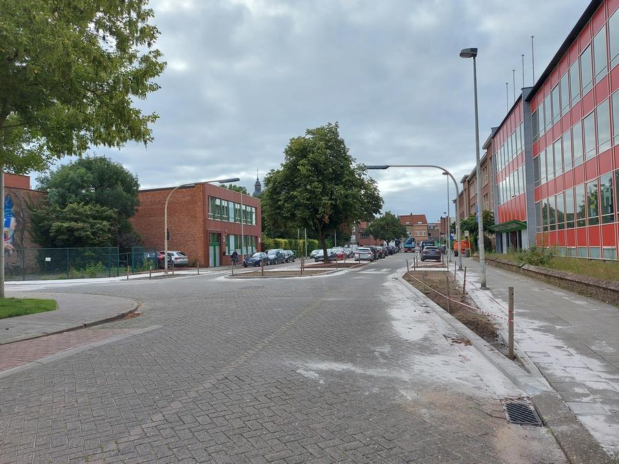 Middenberm Stella Marisstraat plantvakken