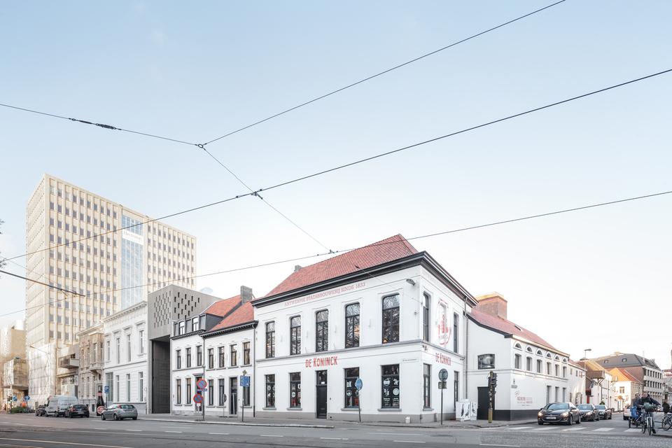 Weinig Antwerpse bedrijven hebben een even innige band met Antwerpen en een even rijke traditie als Brouwerij De Koninck.