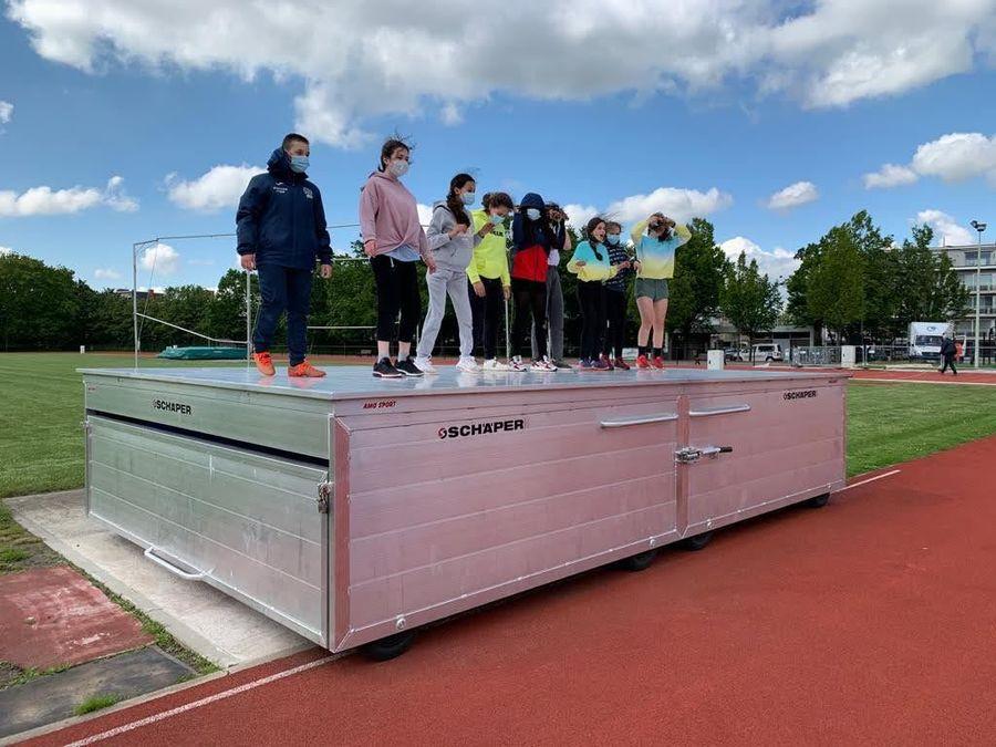Junior Team op bezoek bij OLSE atletiekclub