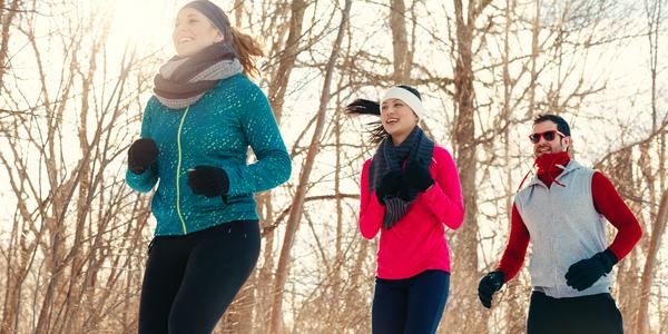 3 joggende mensen