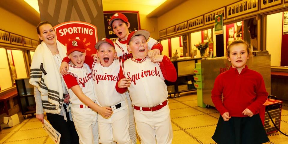 Kinderen van de Squirrels op de Sportlaureatenviering
